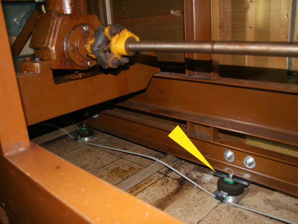 PLM - chocolate fabrication, vibration isolation